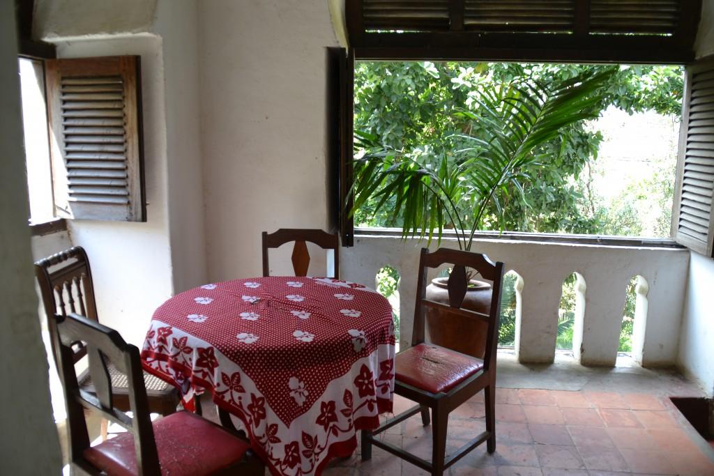 Frühstückstisch in der St Monica Lodge (Hostel)