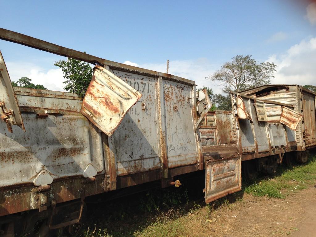 "Wagon-""Leiche"" im Pugu Hills Nationalpark"