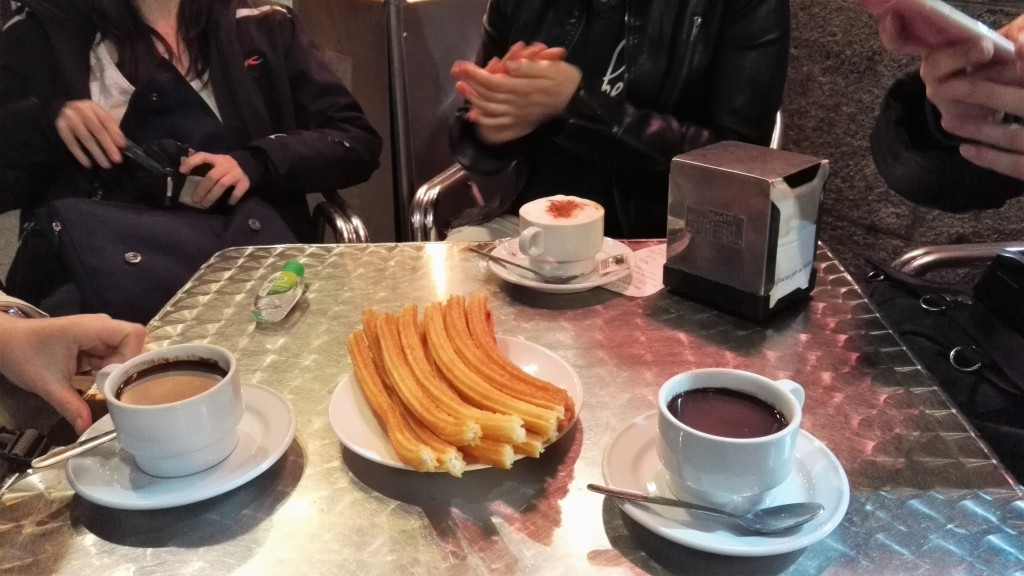 Chocolate con Churros in der Chocolateria San Gines