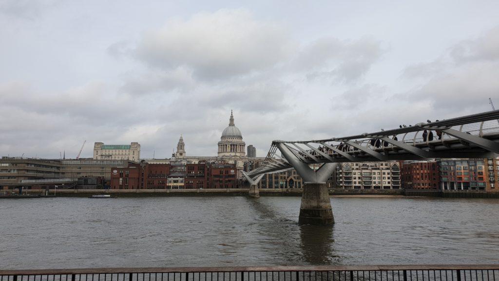 london citytrip 2020 tate modern st pauls bridge